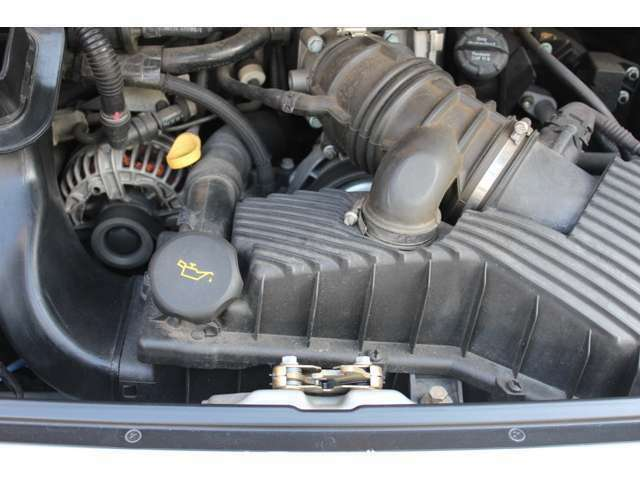 エンジンは水冷水平対向3.6Lです。お問い合わせは全国フリーダイヤル0066-9711-094846までお気軽にお問い合わせくださいませ。