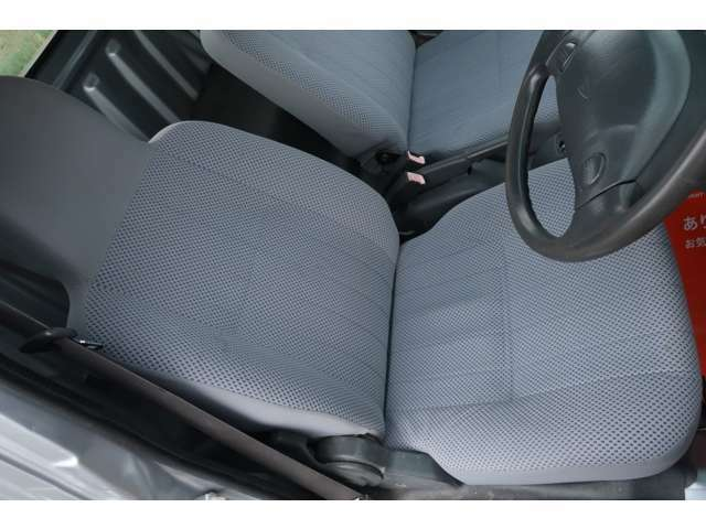 4WD エアコン パワステ パワーウィンドウ キーレス オーバーヘッドシェルフ あおりガード 三方開き CDオーディオ