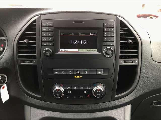 Audio15 USB iPodインターフェース Bluetooth AUX 両側電動スライディングドア 左右独立調整クライメートコントロール