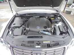 原動機の型式:4GR。 2,500cc。