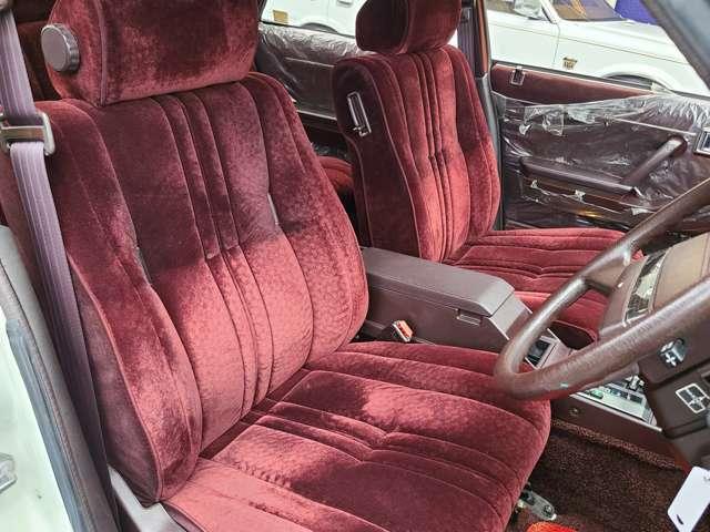 ★フロントシートはいい状態を保っております♪
