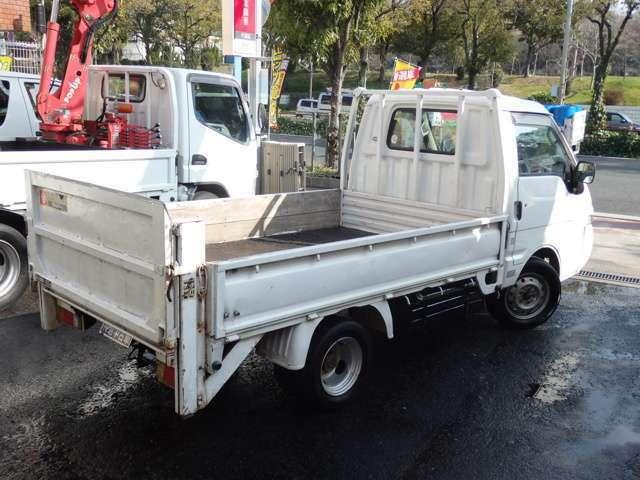 平成11年式 マツダ ボンゴトラック 最大積載量800kg 垂直式パワーゲート ガソリン車 4ナンバー5MT ユーザー買取車入庫です