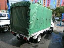 平成11年式 トヨタ ダイナ 幌付 2t NOx適合ディーゼル車 5速車の入庫です。