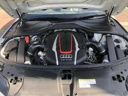 4WDでV8エンジンなのでパワーある走行をします。■パーキングエイド■サイドアシスト■アクティブレーンアシスト