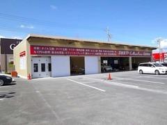 自動車認証工場(7-3702)、板金塗装工場を併設しております。納車前から納車後の整備までお任せください。