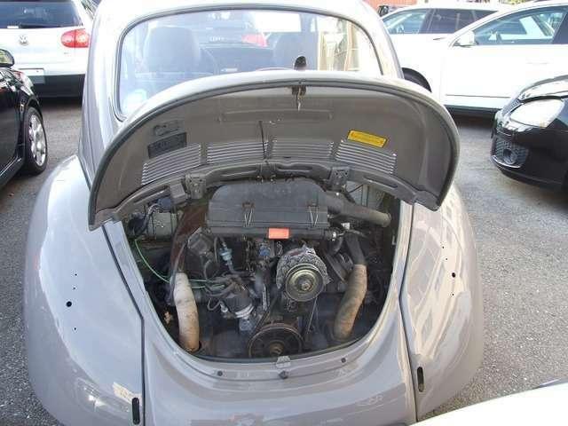 1600ccエンジンが搭載されております。