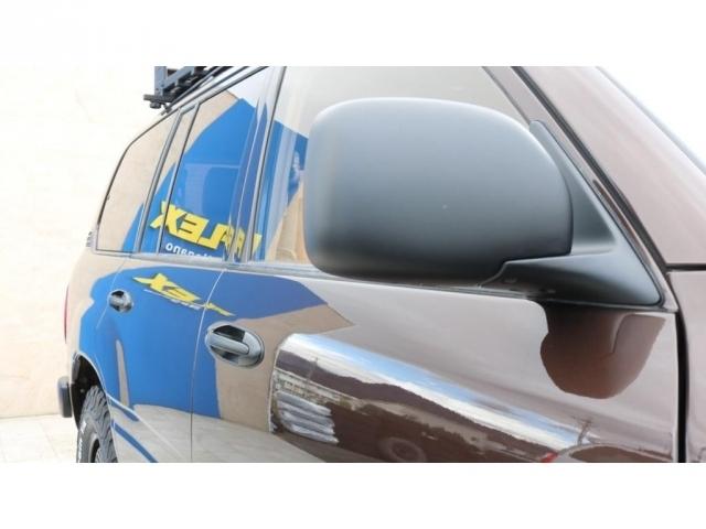 アウターハンドル&ドアミラーはマットブラック塗装を施しております!