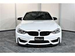 先代BMW M3クーペの後継モデルとなる「M4」が入庫致しました。