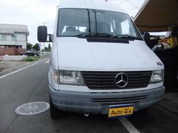 メルセデス・ベンツ トランスポーターT1 312Dトランスポーターハイルーフ キャンピング仕様 乗車定員9名