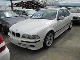BMW 5シリーズ 525i サンルーフ 純正アルミ