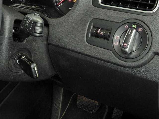 ヘッドライト オートライトシステム付