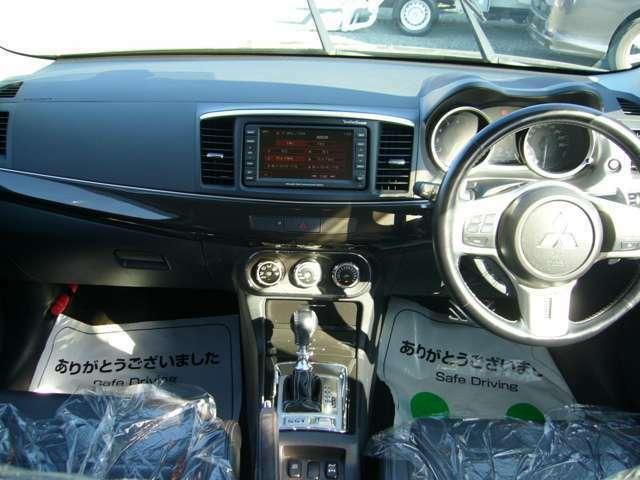 お買い得なランサーエボリューション10(ワンオーナー車)入庫いたしました!!!現車確認大歓迎!!!気になられたら今スグ!!!TEL 0965-31-1038 まで!!!