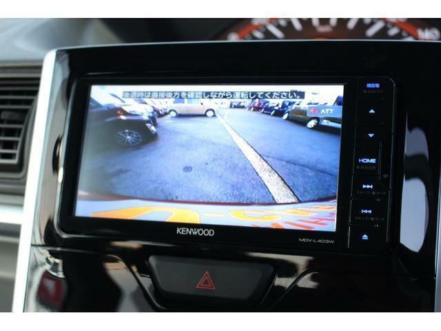 バックカメラ☆バックドアの中央に設置したカメラが車両後方の映像を捉え、ナビに映し出します♪