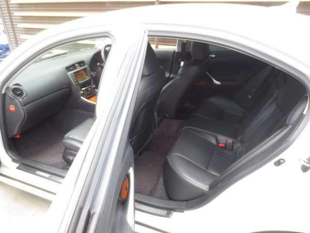 カーセンサーアフター保証!EGS保証おり扱い店!お気に入りのお車を安心して、末永くお乗り頂くための保証も充実!web『中古車伊勢原』検索ください!BLUEOCEANのホームページに入ります!