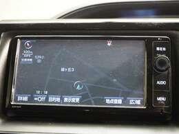 7インチフルセグSDナビです!CD/DVD再生、Bluetooth接続可能です!