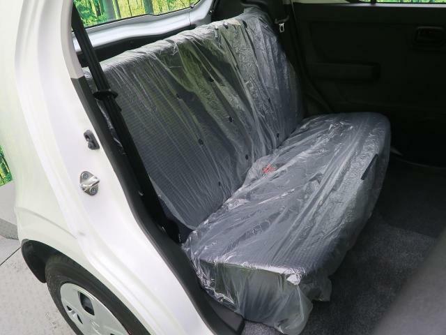 セカンドシートは大人でも快適に乗って頂けます♪