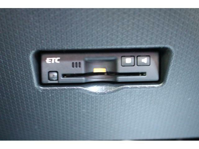 ETC車載器付き☆有料道路を利用する際にノンストップで通過でき、目的地もスムーズに目指すことができる便利なアイテムです♪