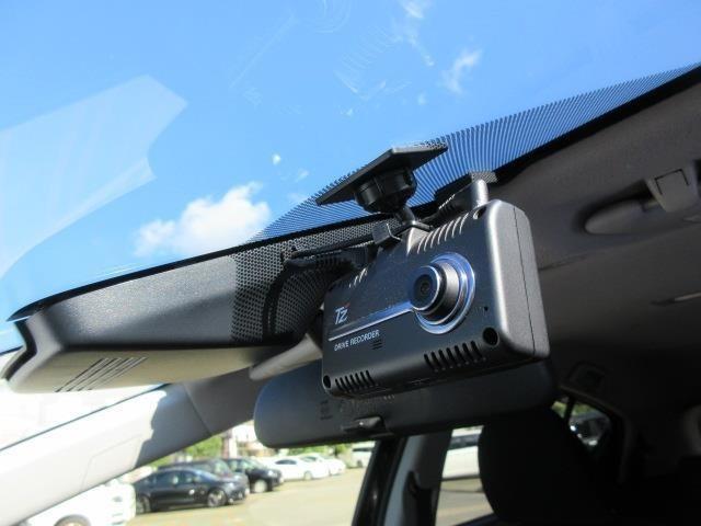 運転中の万が一をしっかり記録 ドライブレコーダー付