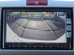 リアカメラ装備です。バックする際にガイドを見ながら駐車ができます。