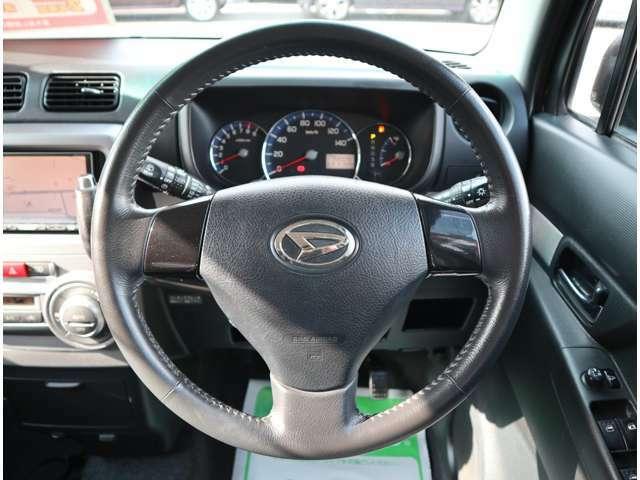 軽自動車からワンボックス、セダン、ハイブリッド車等々、様々なジャンルの車を多数用意しております。