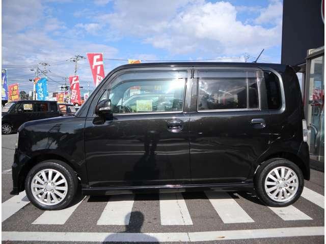 地域最大の品揃え!!価格品質には自信を持っております!! 低価格帯から、高額車まで在庫多数取り揃えております。