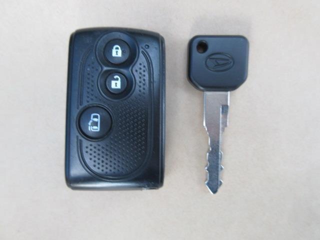 ドアの開閉に便利なキーフリーシステム(イモビライザー機能付)