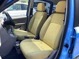 在庫は常時30台以上!スズキの届出未使用車の軽自動車を中心にラインナップ♪お気に入りの一台があれば早く乗れてお買い得です!