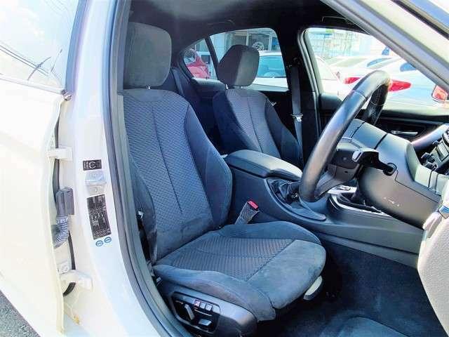 ★運転席、助手席共にパワーシートとなっている為、シートポジションの微調整が可能となります!シートポジションの微調整が可能となることで、どなた様でも快適なシートポジションへの設定ができますね!★