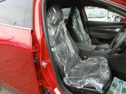 パーフォレーションレザー(ブラック)!運転席パワーシート&ドライビングポジションメモリー機能!