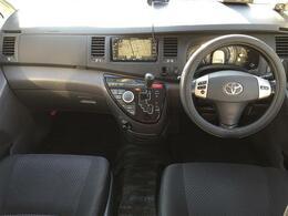 サイドリフトアップシート車/4WD/純正DVDナビ/バックカメラ/オートエアコン/左パワースライドドア/HIDヘッドライト/純正16インチアルミホイール/電動格納ドアミラー/ETC/キーレスキー