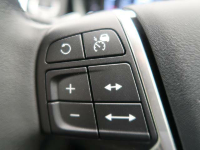 ◆ACC(アダプティブクルーズコントロール) 『ミリ波レーダー+ステレオカメラにより前方車輌を認識し、高速道路などの自動車専用道路では追従機能付きのクルーズコントロールをご利用になれます。』