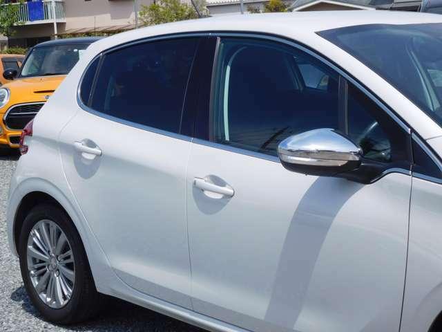 当社では車検の無いお車は点検整備付きで、車検のあるお車も全車点検し必要があれば部品・消耗品交換等をした上で納車しておりますが、全車に保証をお付けしますので納車後も安心です。(一部車種を除く)
