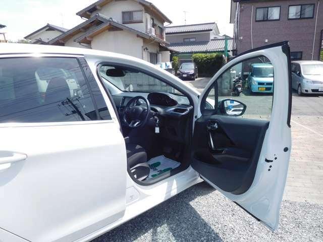 運転席ドア!