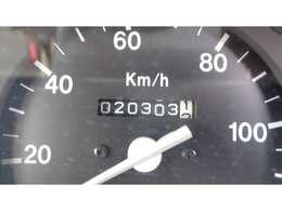 現在走行距離20,303   KMです!