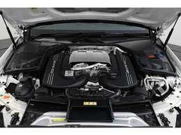 4.0L V8 DOHCツインターボ付、最 高出力476PS/最大トルク66.3kg