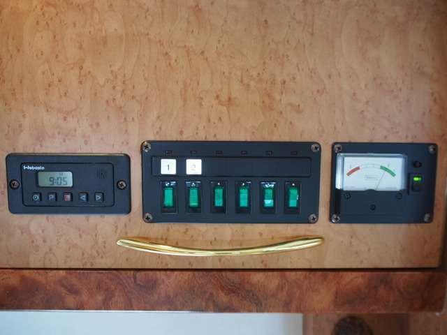 バッテリー残量計、6連スイッチパネル、FFヒータースイッチ☆
