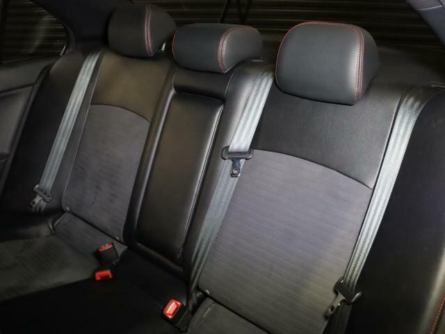 広々リアシートで快適にお乗り頂けます!チャイルドシートも取付け可能です!