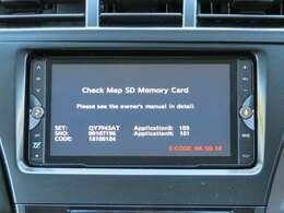 社外SDナビではフルセグTVやDVDを観ることができます。CDで音楽を聴きながらのドライブも楽しいですね。