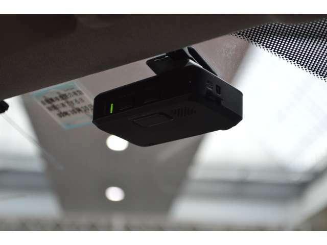 ドライブレコーダーが装備で安心してドライブできます