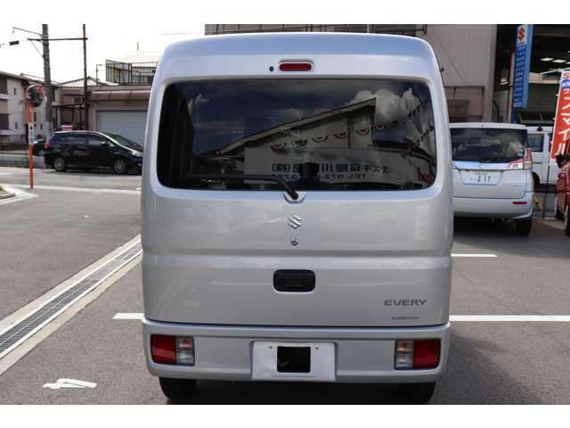 大阪府寝屋川市で40年!安心と実績のスズキ寝屋川販売株式会社です。認証工場完備。オイル交換から車検・修理・鈑金・レンタカーまで、安心してご来店下さい♪