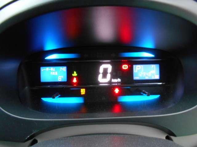 車検もタップリ!リモコンキー、CD付!プライバシーガラス!ドアバイザー!純正アルミ!ライトレベライザー!スマートアシスト!衝突軽減ブレーキ!アイドリングSTOP!エコアイドル!内外装とってもキレイ