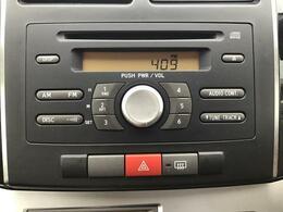 ダイハツ純正CDチューナーです♪
