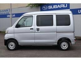 東京スバルで社用車として使用していた車です