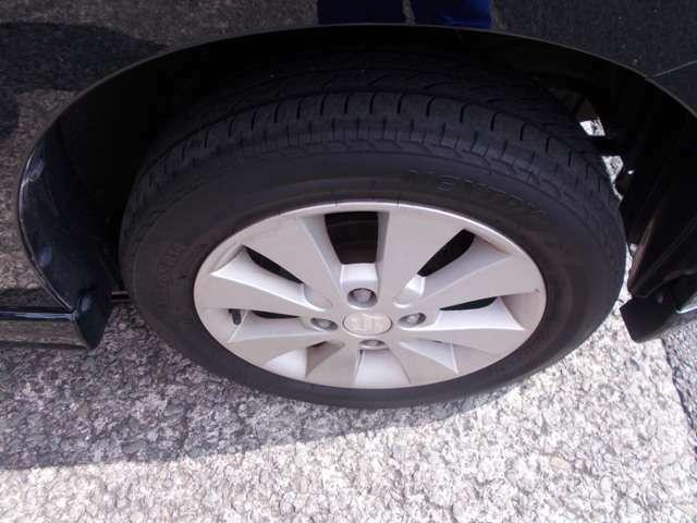 タイヤもホイールも状態よくキレイです♪