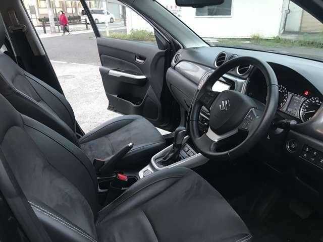 サポート性の良いフロントシート!ドライバーをしっかりサポートします!