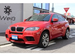 BMW X6 M 4.4 4WD 5人乗・禁煙車・ディラー記録簿複数有