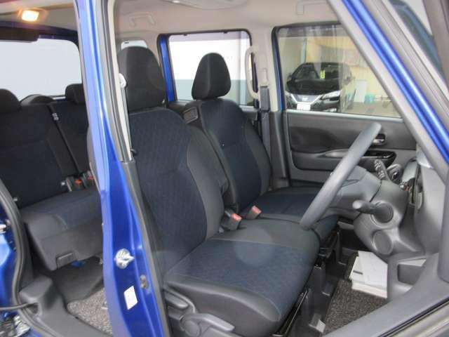 クッション性能が高く、程よく体をホールドしてくれるフロントシートなので、ゆったりとした運転を楽しんで頂けます。