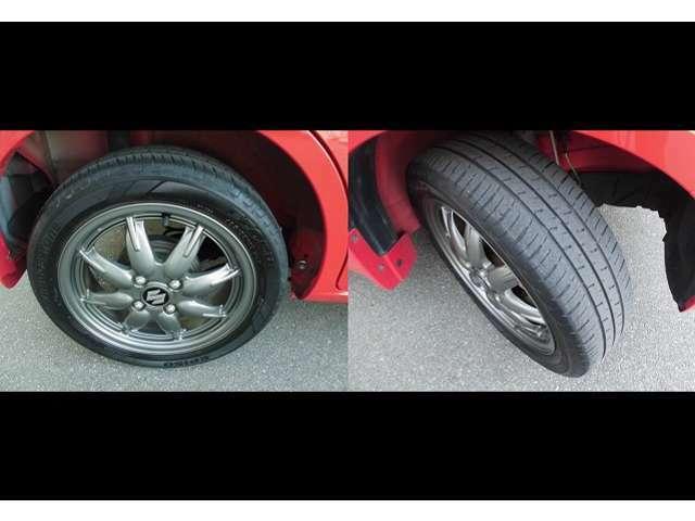 純正15インチアルミホイール付きです。タイヤ溝もまだまだございます。