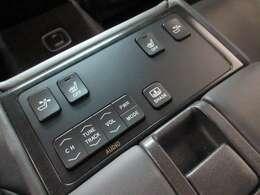 後席専用シートコンディション/オーディオコントローラー付で、快適にお過ごしいただけます♪
