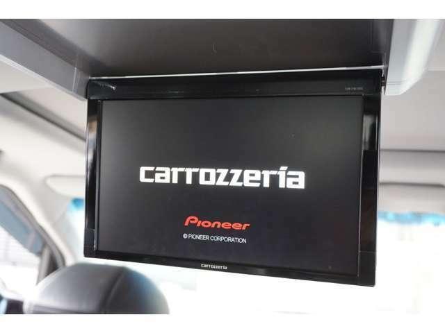 ★【carrozzeriaフリップダウンモニター(TVM-FW1000)】大画面で後席の方も快適ロングドライブ!!★